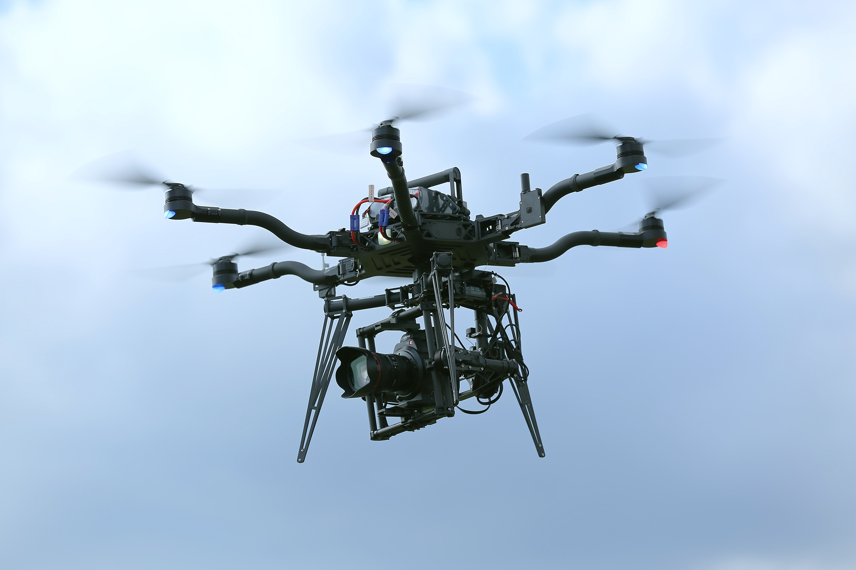 汎用大型機 Freefly ALTA 6